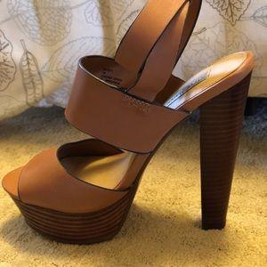 b6c4ef76f21 Steve Madden Shoes - Steve Madden Dezzzy Tan Leather Platform Sandal